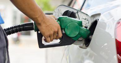 Preço da gasolina em Içara tem variação de 10 centavos