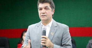 """""""Aulas só com o sinal verde da saúde"""", afirma Salvaro"""