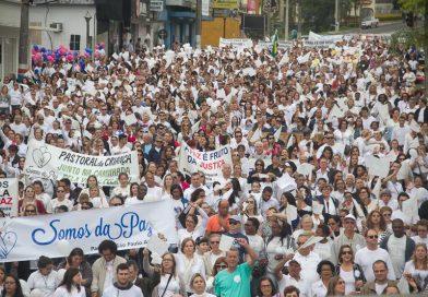 Paróquias de Criciúma realizam Caminhada pela Paz