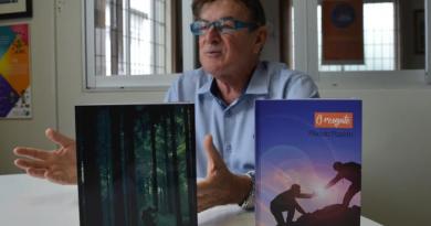 Plácido Pizzetti lança livros no Bairro da Juventude