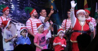 Espetáculo marca chegada do Papai Noel na Nereu