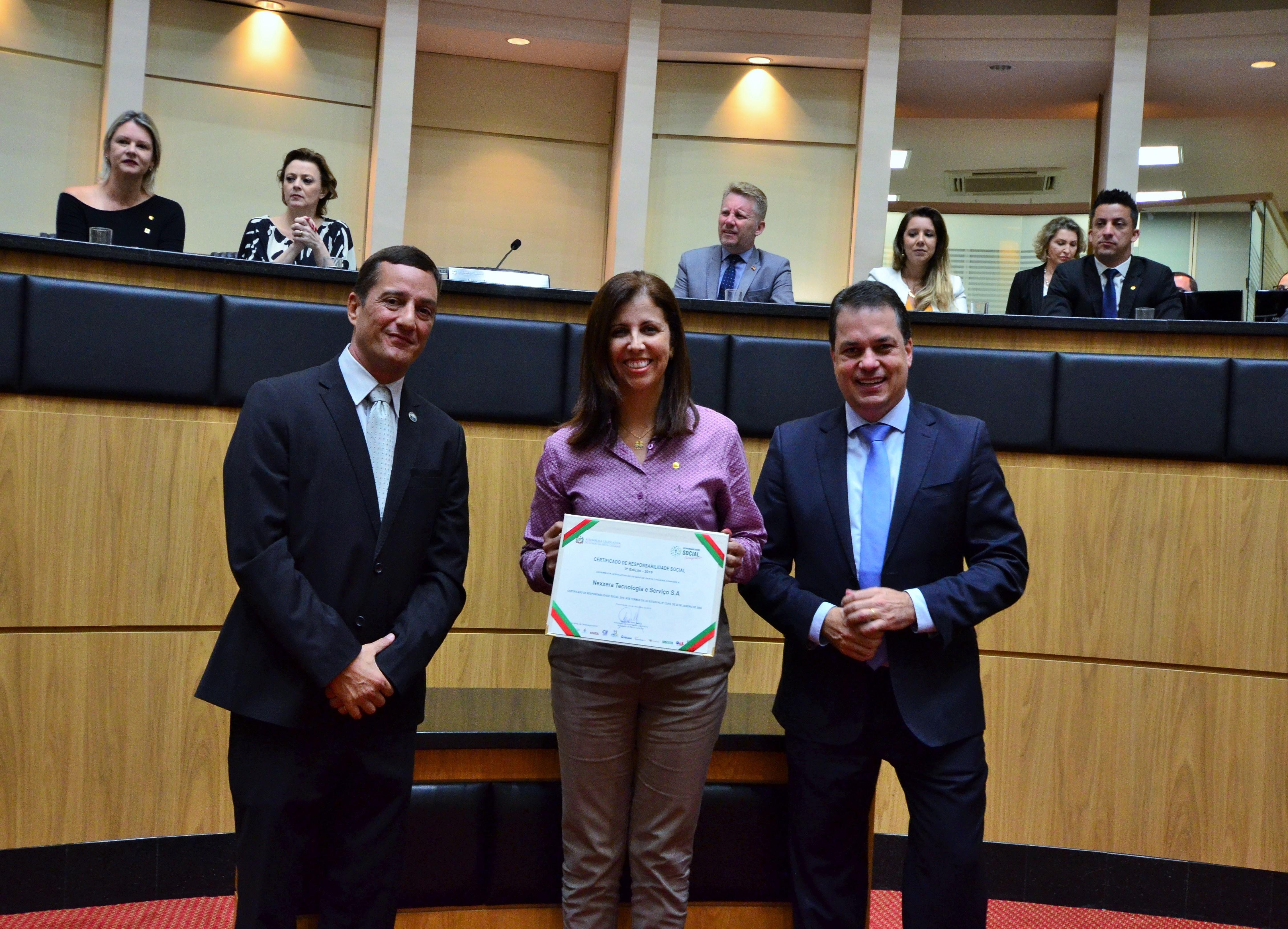 Nexxera recebe certificado de Responsabilidade Social da Alesc