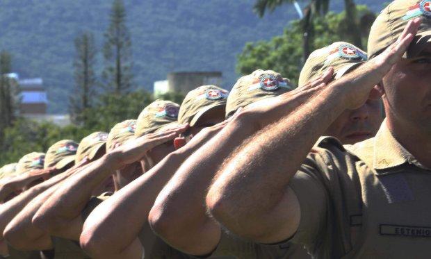 Governador confirma chamada de 500 soldados e 35 oficiais em janeiro