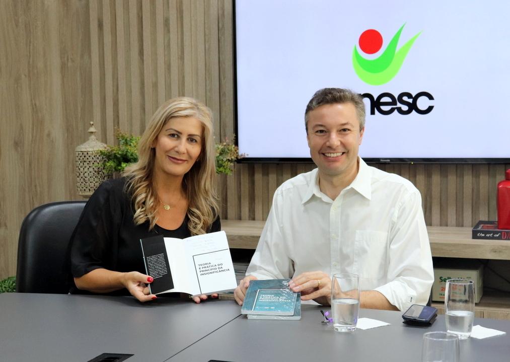 Ex-prefeito de Blumenau visita Unesc