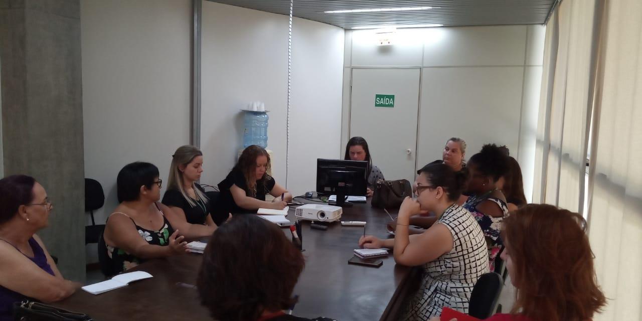 Ações alusivas ao Dia Internacional da Mulher são discutidas em Criciúma