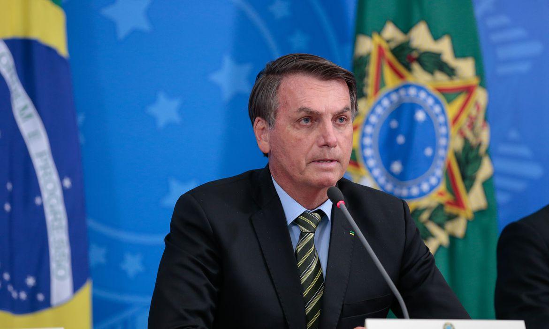 Bolsonaro anuncia medidas para manutenção de empregos
