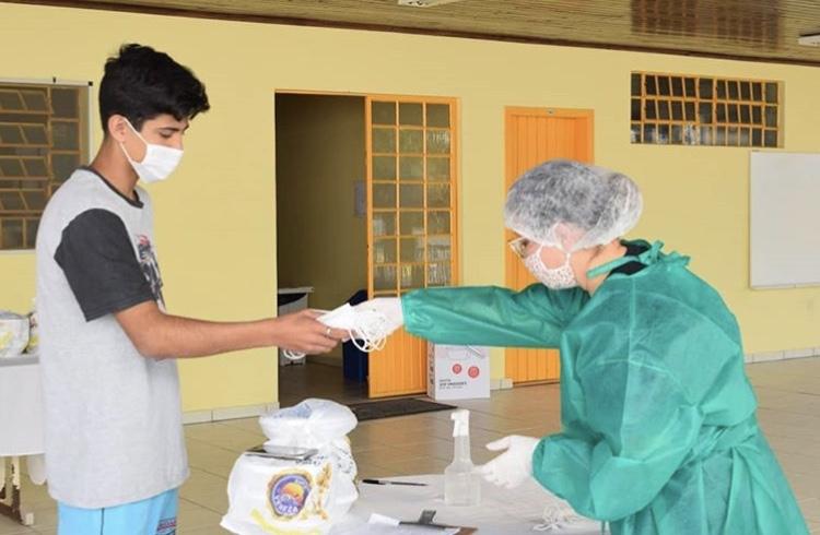 Abadeus promove lives solidárias para arrecadar fundos de forma emergencial